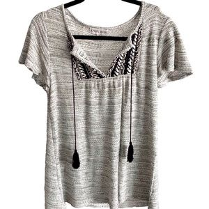 KNOX ROSE Shimmery gray tassel top, size S